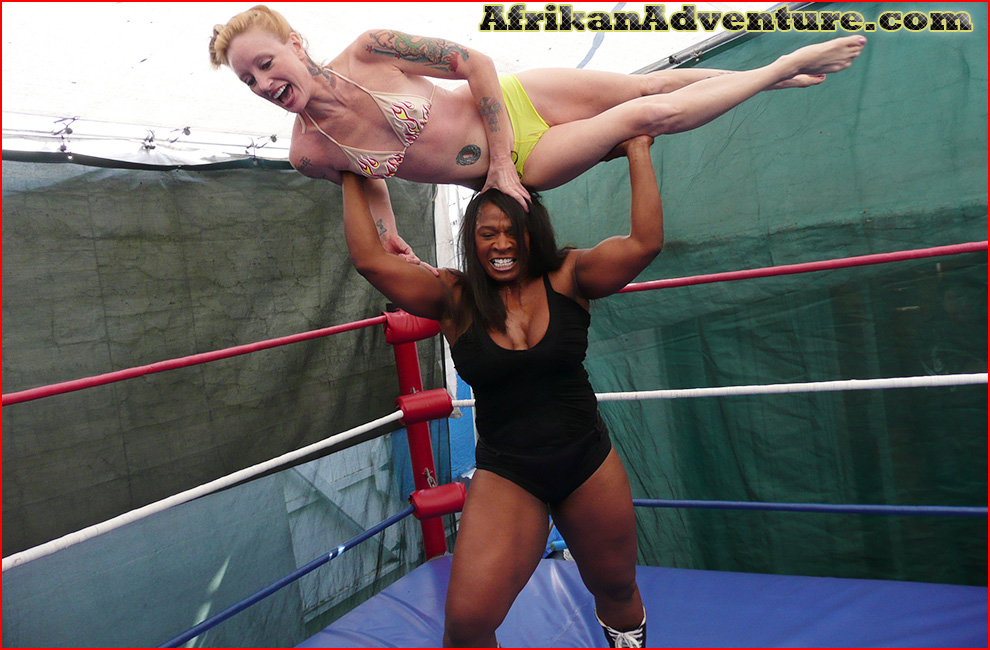 Mixed wrestling at AfrikanAdventure productions